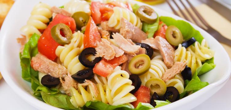 Receita de Salada de Macarrão Colorido