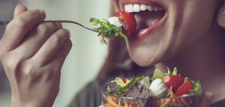 Alimentos que Amenizam os Sintomas da Menopausa
