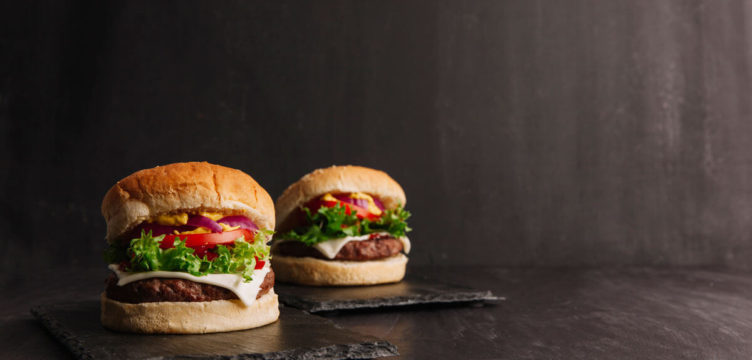 Receita de hambúrguer saudável | Dia Mundial do hambúrguer
